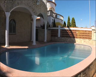 Location  Villa Empuriabrava